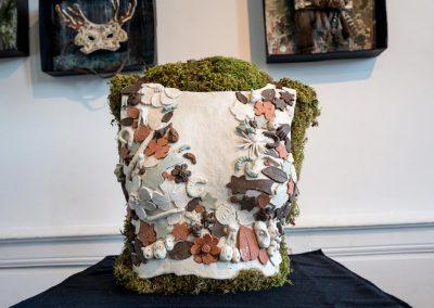 Coussin en tissu et végétal réalisé par Anne le Dorlot